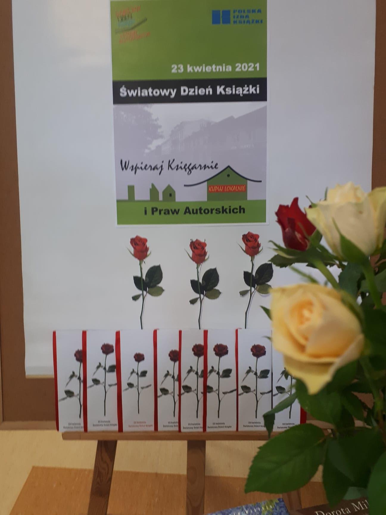na obrazku plakat przestawiający zakładki do książki oraz żywe róże, dodatkowo data